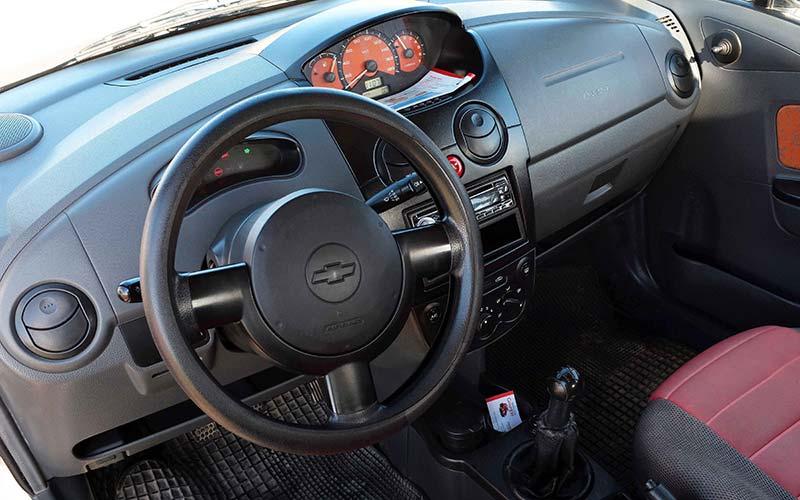 Chevrolet-Matiz-a-milos-car-rental