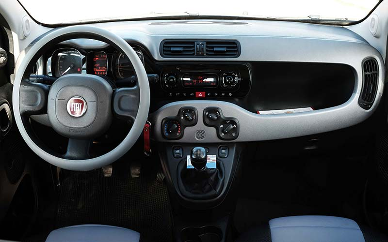 Fiat-Panda-Last-Edition-4x4-a-milos-car-rental